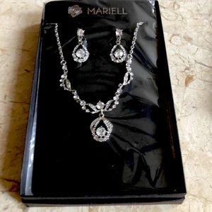 earrings necklace set Mariell NWT costume jewelry